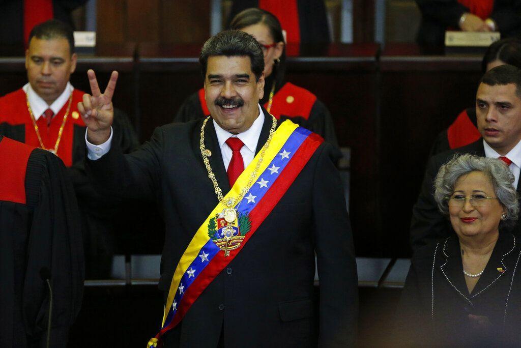 El presidente de Venezuela, Nicolás Maduro, durante su juramentación en el Tribunal Superior de Justicia en Caracas, Venezuela, el jueves 10 de enero de 2019. Foto: Ariana Cubillos / AP.