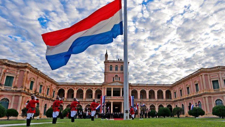 El Palacio de López es la sede del gobierno de la República del Paraguay.