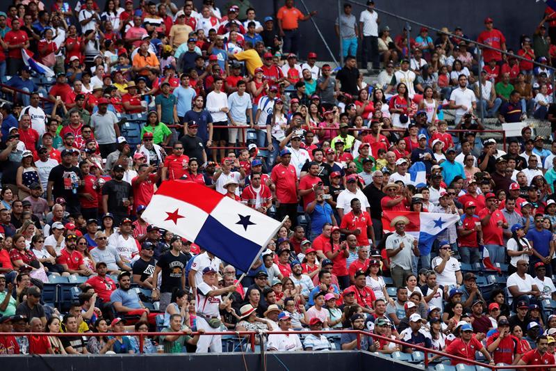 La Serie del Caribe debe apuntar a la inclusión definitiva de naciones con tradición en el béisbol dentro de la región. Foto: EFE/Bienvenido Velasco