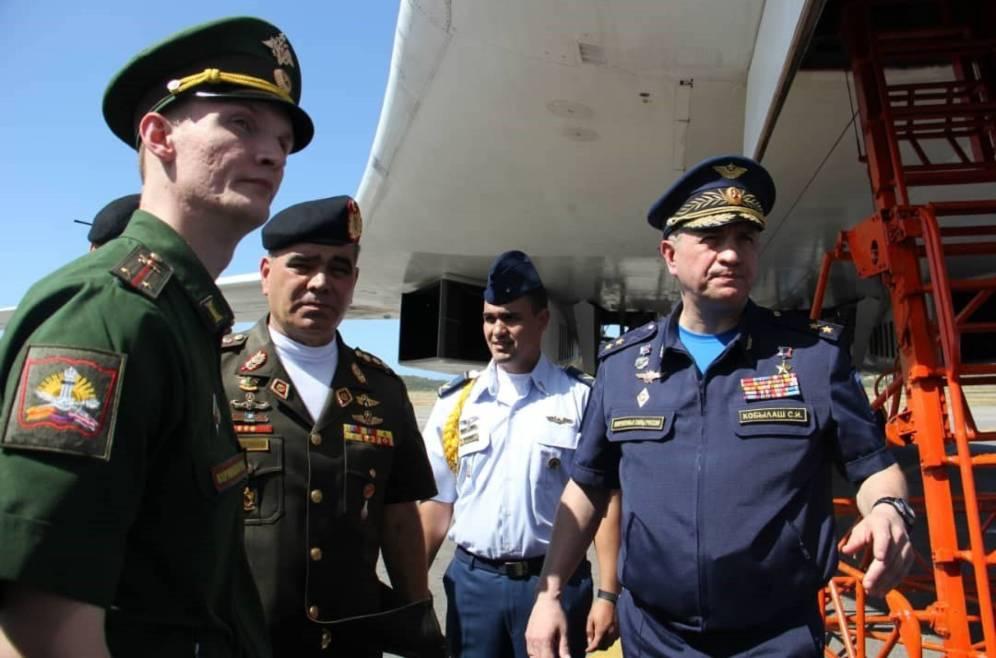 Maniobras militares conjuntas de Rusia y Venezuela en Caracas. Foto: EFE.