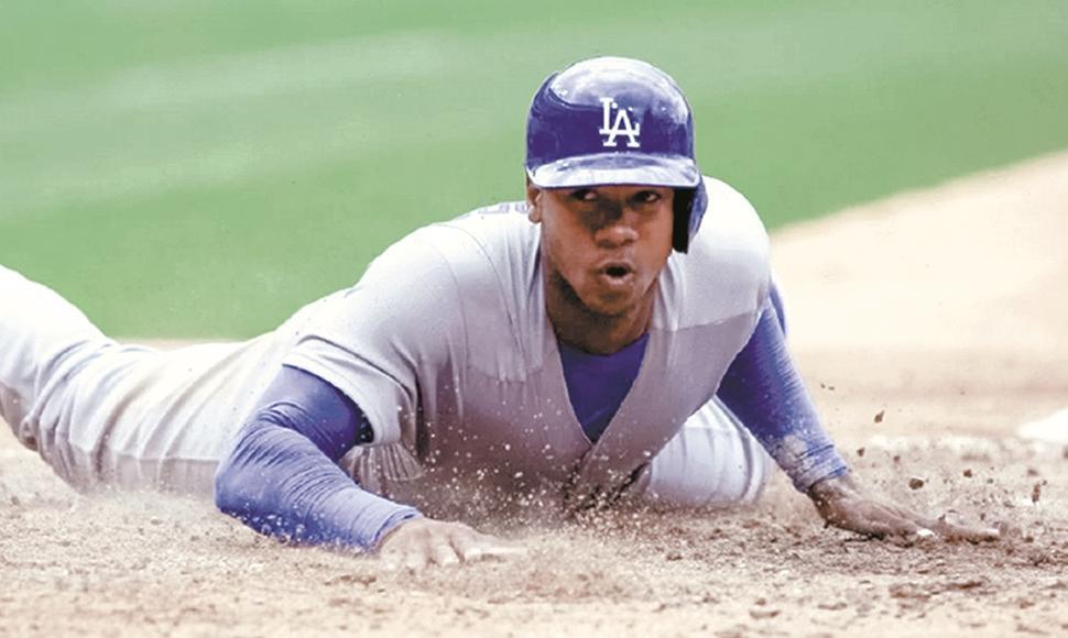 Arruebarruena debutó pronto con los Dodgers, pero su paso por las Mayores fue efímero. Foto: Tomada de El Nuevo Diario
