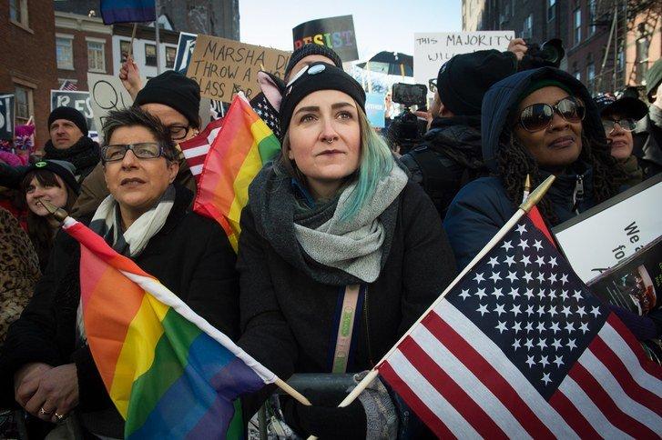 Marcha LGTBQ en Nueva York contra políticas de Trump. Foto: AP.