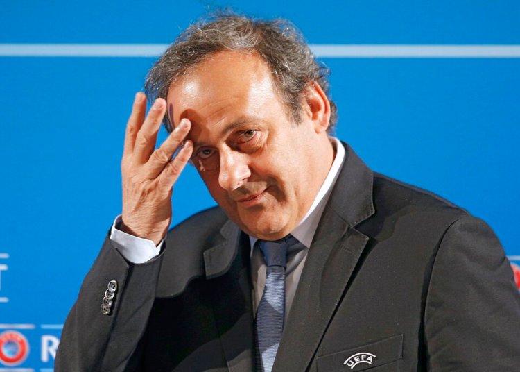 En esta imagen de archivo, tomada el 22 de febrero de 2014, el entonces presidente de la UEFA Michel Platini llega a una conferencia de prensa en Niza, Francia. Foto: Lionel Cironneau / AP / Archivo.