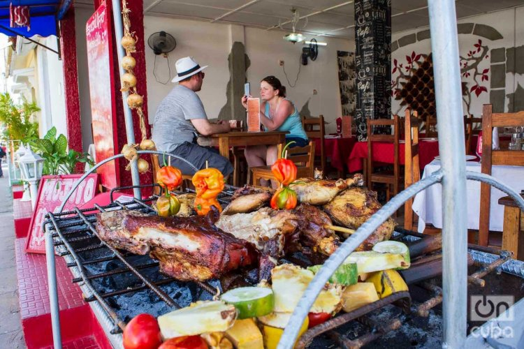 Foto de archivo de Viñales, donde casi toda la actividad económica está relacionada con el turismo. Foto: Otmaro Rodríguez.