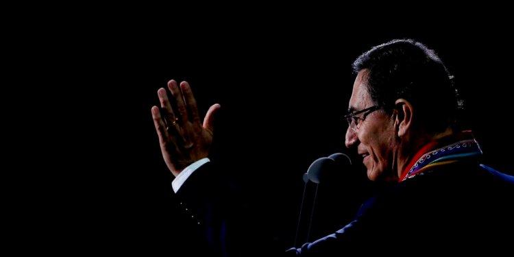 El presidente peruano Martín Vizcarra declara inaugurados los Juegos Panamericanos de LIma, el viernes 26 de julio de 2019 (AP Foto/Silvia Izquierdo)
