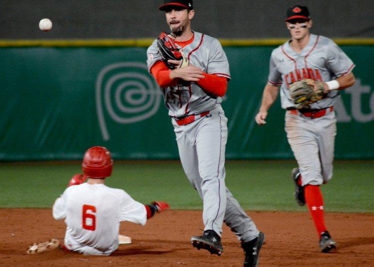 Cuba quedó en un triste segundo plano en el béisbol de los Panamericanos de Lima. Foto: Ricardo López Hevia.