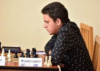 Carlos Daniel Albornoz, el campeón nacional más joven en la historia del ajedrez cubano, tendrá un complejo debut contra Peter Svidler en la Copa del Mundo de Khanty-Mansiysk. Foto: Carlos Rodríguez Torres/Vanguardia.