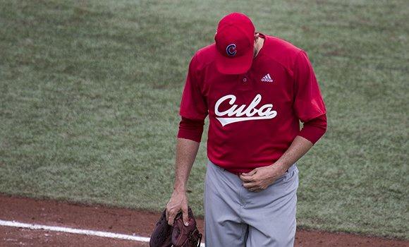 El béisbol cubano tuvo una actuación desastrosa en Lima 2019. Foto: Irene Pérez/ Cubadebate.