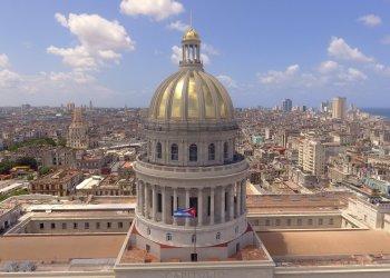 Imagen del Capitolio de La Habana tomada desde el aire por un drone. Foto: Naturaleza Secreta de Cuba / Facebook.