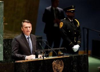 El presidente de Brasil Jair Bolsonaro pronuncia un discurso en la apertura de la 74 sesión de la Asamblea General de la ONU, en Nueva York, el 24 de septiembre de 2019. Foto: Jason Szenes / EFE.