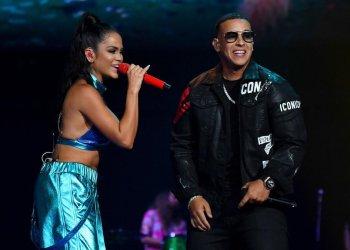 Los cantantes de reguetón Natti Natasha y Daddy Yankee. Foto: scoopnest.com