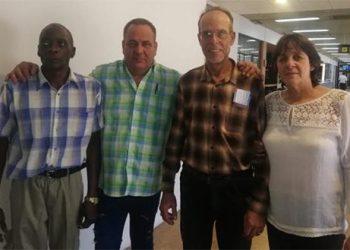 Los cuatro colaboradores cubanos detenidos el miércoles, ya liberados. Foto: Cubadebate.