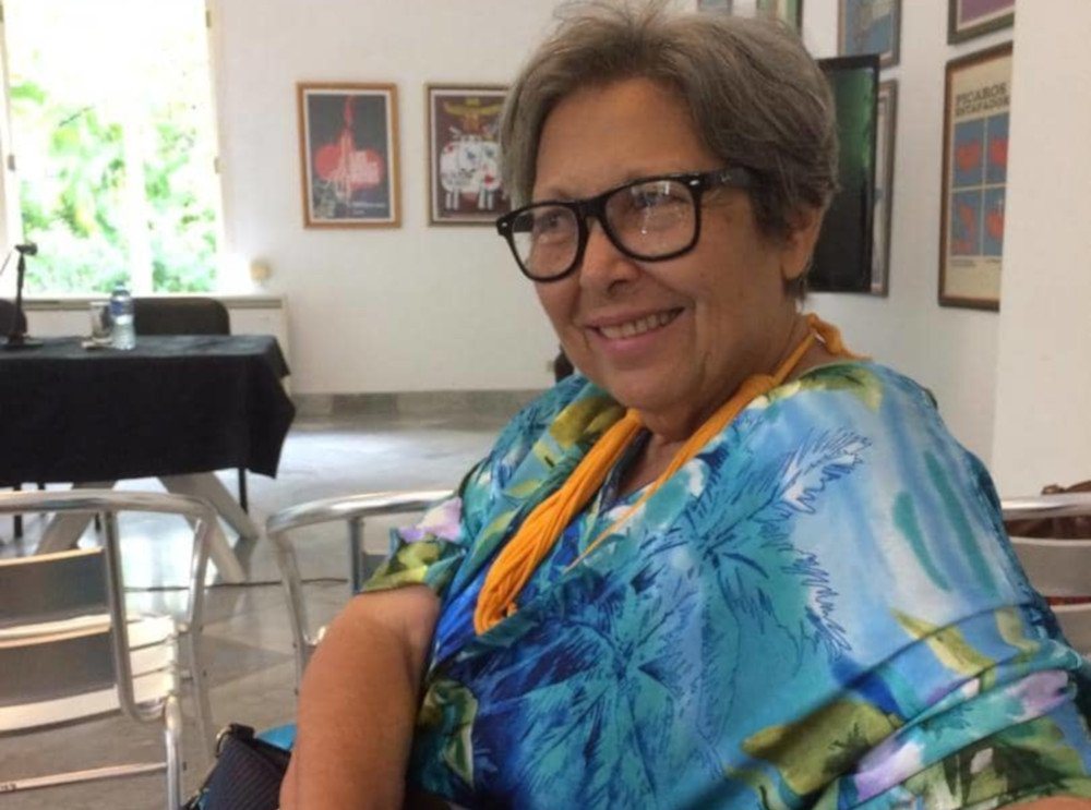 Lázara Menéndez, rodando el coco - OnCubaNews