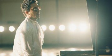 "David Blanco en el video clip del tema ""Yo soy el punto cubano"". (Fotograma del video)"