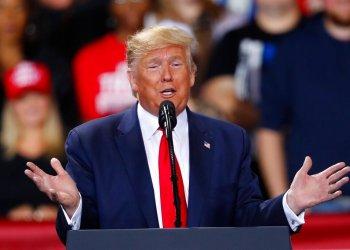 El presidente Donald Trump durante un acto de campaña en Battle Creek, Michigan, el miércoles 18 de diciembre de 2019. Foto: Paul Sancya / AP.