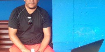 Rolando Norberto García, estadístico del equipo de Santiago de Cuba en la 59 Serie Nacional de Béisbol. Foto: Javier Nodarse.