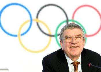 El presidente del Comité Olímpico Internacional Thomas Bach durante una rueda de prensa en Lausana, Suiza, el jueves 9 de enero de 2020. Foto: Laurent Gillieron/AP
