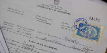 Certificación de nacimiento en Cuba. Foto: @CubaMinjus / Twitter.