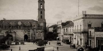 Plaza de San Francisco, en La Habana, a inicios del siglo XX. Foto: wikimedia.org / Archivo.