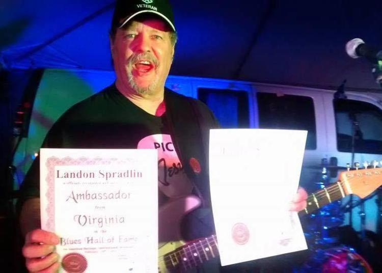 Landon Spradlin (1954-2020). Foto: facebook.com/landon.spradlin.music