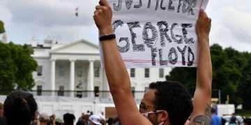 Una de las manifestaciones exigiendo justicia para George Floyd. Foto: AP.