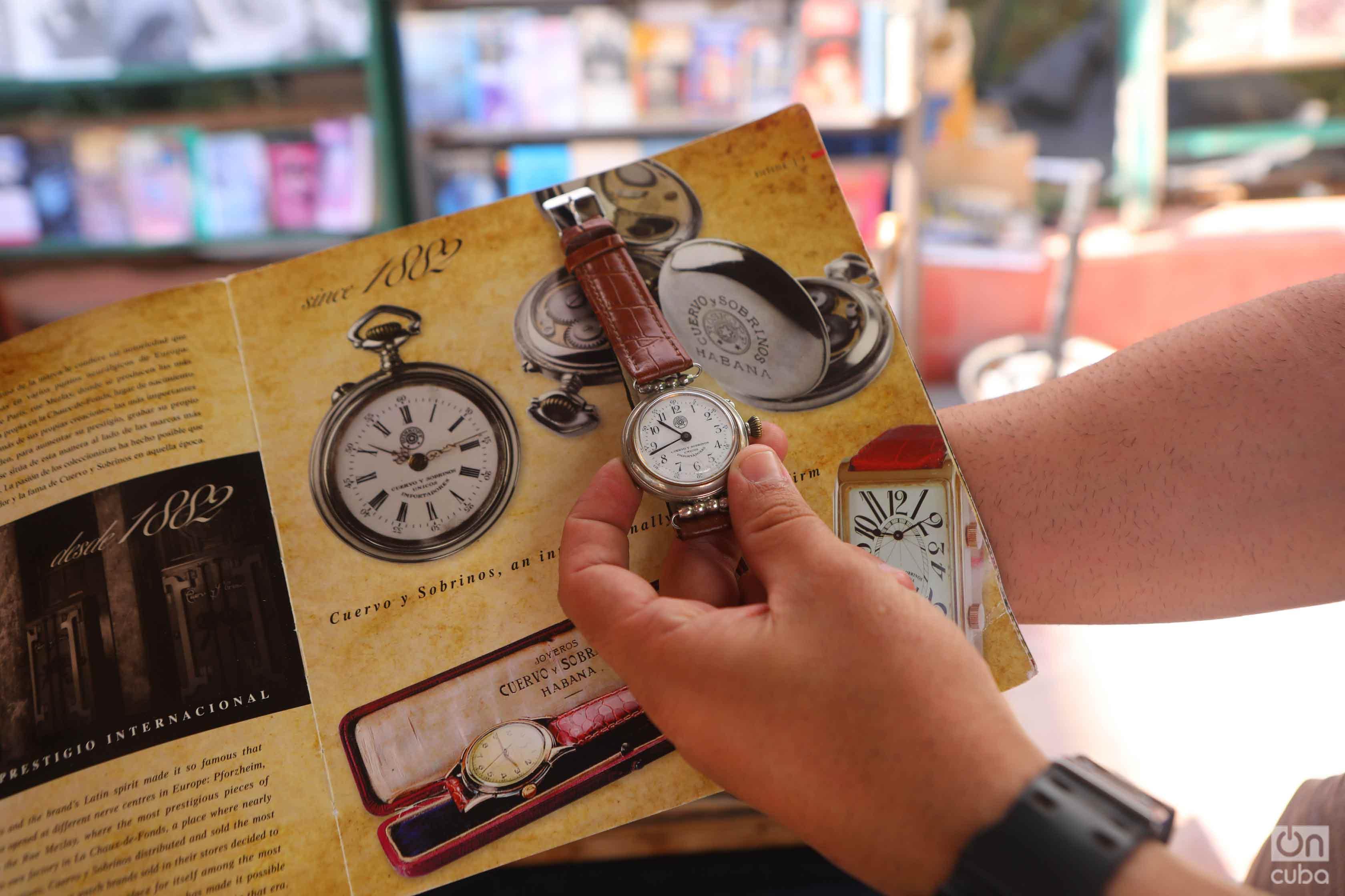 Cuervo y Sobrinos-branded Roskopf p0cket watch, Plaza de Antigüedades, Habana. Foto: Christopher P Baker.