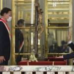 Martín Vizcarra toma juramento al nuevo Gabinete presidido por Walter Martos