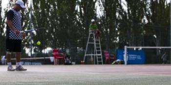 Nuevos cursillos de verano para aprender a jugar al tenis
