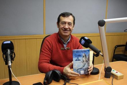 Isidoro Ortega presenta Vestida de estrellas