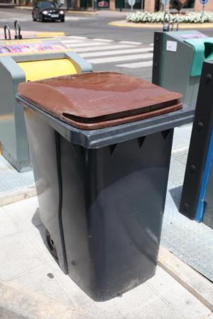 Fuenlabrada contará con el quinto contenedor para la recogida de biorresiduos