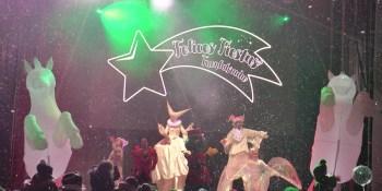 Cuatro mil fuenlabreños han celebrado esta tarde una gran fiesta de celebración de llegada de la Navidad. Fuenlabrada ha celebrado esta tarde la llegada de la Navidad
