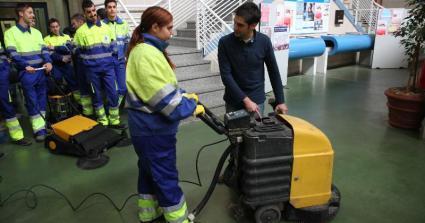 El Ayuntamiento contratará a 44 personas para labores de limpieza