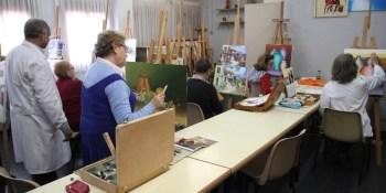 Casi 6.000 plazas para actividades en los centros de mayores de Fuenlabrada