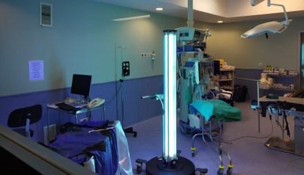El Hospital de Fuenlabrada utiliza tecnología innovadora para la desinfección de sus instalaciones