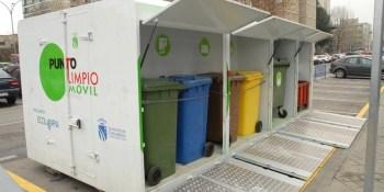 LSe estudia potenciar el reciclaje de aceite doméstico usado con la ampliación de horario de los puntos limpios móviles