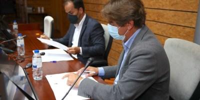 Convenio entre Ayuntamiento y URJC para la creación de una Escuela de Atletismo