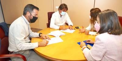 Ayuntamiento y Asociación Espiral firman un convenio para apoyar a colectivos vulnerables