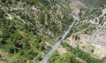 Immagine tratta da onda lucana® by Luigi Cosentino 2021 Il Ponte Tibetano.jpg09.jpg5.jpg6