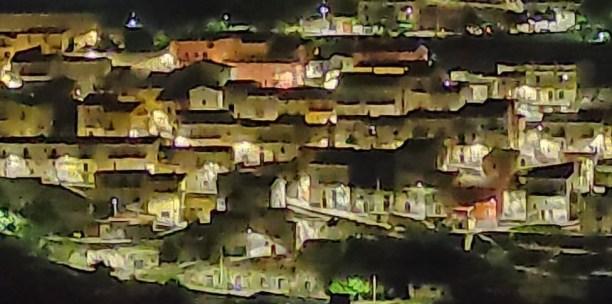 Immagine tratta da onda lucana® by Antonio Morena 2000.jpg vc