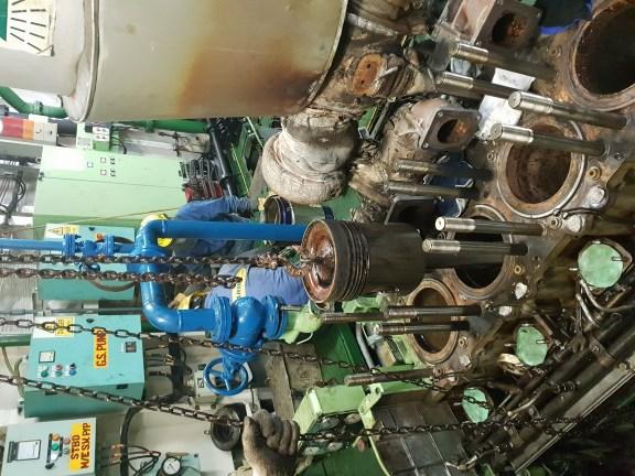 main engine 1