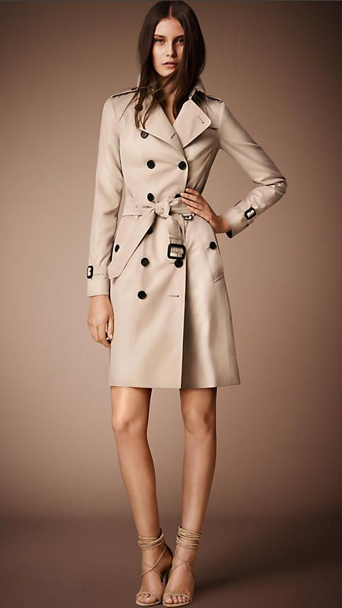 THE trench Burberry ?