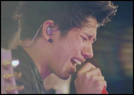 ONE OK ROCK heartacheの歌詞!英語版の和訳・意味と海外の反応!2