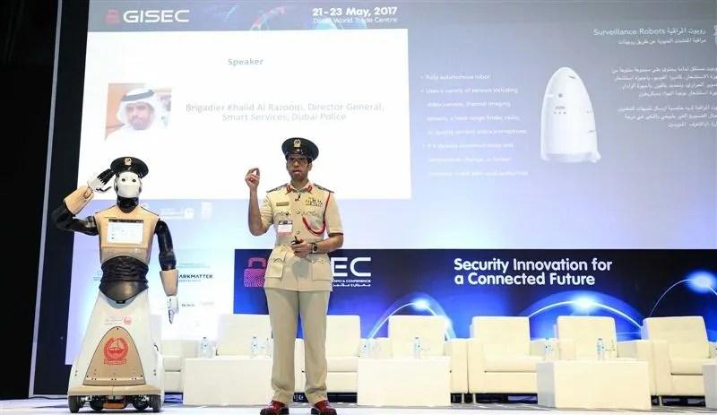 REEM el robot policía Español que ya patrulla por Dubai