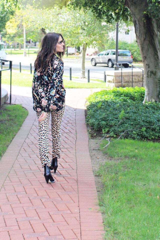 leopard–print–pants