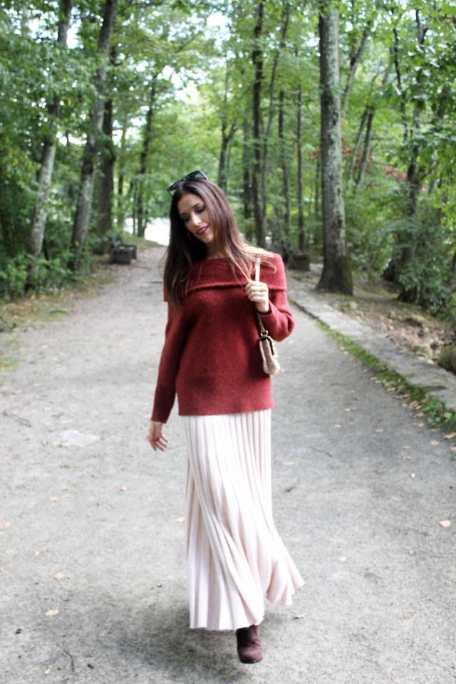 mahogany–sweater