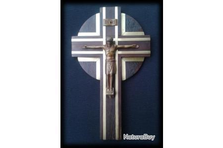 objet religieux ancien christ sur sa croix en acajou et laiton annees 40 objet de collection