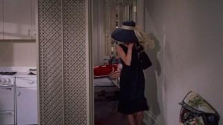 Mic dejun la Tiffany (1961).mkv_snapshot_00.12.32_[2016.01.04_17.12.27]