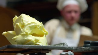 victorian.bakers.s01e03.720p.hdtv.x264-c4tv.mkv_snapshot_08.13_[2016.01.21_16.51.38]