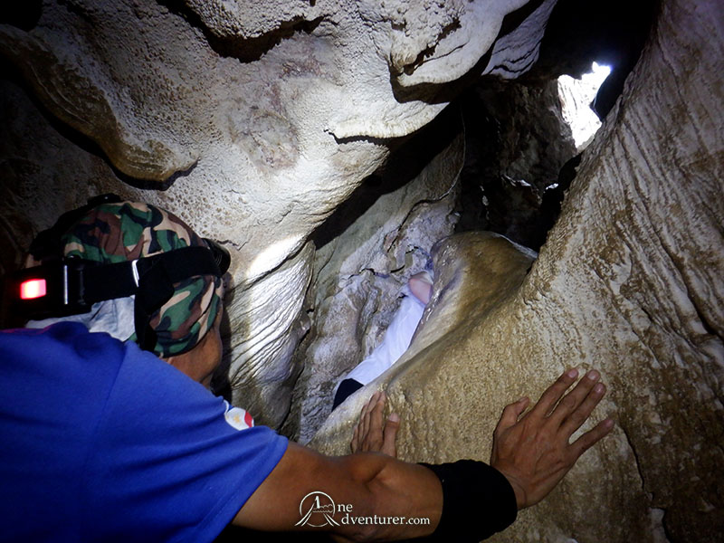 bayukbok cave inside