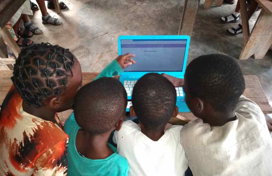 Education in the Fourth Industrial Revolution: Coronavirus and the plight of marginalised community children